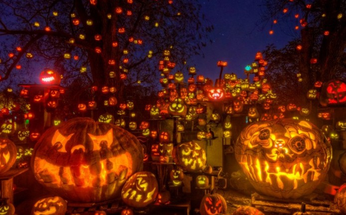 Top 10 Cities to Celebrate Halloween in USA |