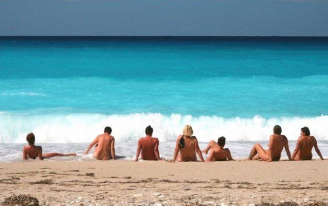 Смотреть онлайн порно видео нудистские пляжи